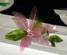 Gelatin Bow Demo No Wire Flower Leaves