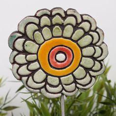 Marigold plant stake - abstract garden decor - flower sculpture- garden ornament - garden art - abstract ceramic flower - white green