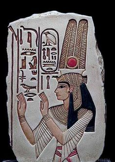 Ancient Egyptian Art, Painting,and Sculpture.    Ancient Egyptian art uses detailed depiction of nature and people that accompanied the deceased into the afterlife.
