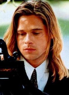 Angelina Jolie, Brad And Angelina, Jolie Pitt, Jennifer Aniston, Brad Pitt Pictures, Fall Pictures, Brad Pitt Hair, Surfer Hair, Kris Kristofferson