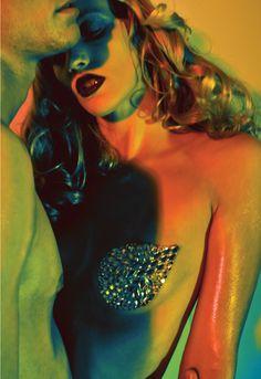 fashion-photography-Emma-Jane-Menteath-Matilda-Finn-17.jpeg 1,000×1,457 pixels