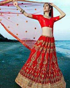 Red bridal embroiderd dulhan lehngacholi #red #lehnga #lehngacholi #bridalfashion #indianbridal #brides #indianwedding #royalbride #bridals #indiancouture #womenswear #womensboutique #london #india #mumbai #gujratibride #punjabibride #southindianbride #newyork #montreal #Vancouver #manchester #sydney #paris #fashionist #dulhan http://gelinshop.com/ipost/1521152178109950795/?code=BUcN9i5jitL