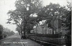 Buchanan Drive, Burnside, Rutherglen. Glasgow Scotland, Scotland Travel, Royal Charter, Local History, 14th Century, Genealogy, Railroad Tracks, Vintage Photos, New Zealand