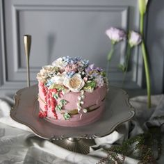 ㅡ S - class 일상이 파티가되는 내공간 말차. 라즈베리크림 노출 🌿 ㅡ #flower #cake #flowercake #partycake #birthday #weddingcake #buttercreamcake #buttercream #designcake #soocake #플라워케익 #수케이크 #꽃스타그램 #버터크림플라워케이크 #베이킹클래스 #플라워케익클래스 #생일케익 #수케이크 www.soocake.com vkscl_energy@naver.com