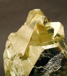Pyrite. Mina Huanzala, Huallanca, Dos de Mayo, Huánuco  Peru