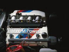 BMW M3 E30 1986-1990 moteur - photo BMW