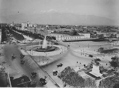 Santiago. Alameda de las Delicias esquina Teatino. Ca. 1930 Old Pictures, Cities, Nostalgia, Vintage, Thigh High Boots, Santiago, Old Photography, Historical Photos, Antique Photos