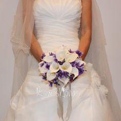 ramo-novias-calas1 One Shoulder Wedding Dress, Wedding Dresses, Fashion, Wedding Bouquets, Brides, Bride Dresses, Moda, Bridal Gowns, Fashion Styles