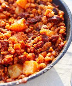 Pásztornokedli recept | Street Kitchen Poutine, Penne, Chana Masala, Ricotta, Dinner Ideas, Curry, Frozen, Street, Cooking