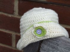 Baby girl's first hat £5.00