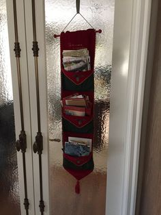 Christmas card holder made from elegant fabric Elegant Christmas Decor, Simple Christmas, Christmas Decorations, Christmas Card Holders, Christmas Cards, Party Planning, Ladder Decor, Interior Design, Easy