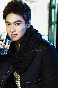 Lee Min Ho I do love to see his hair off his brow, cuz it's such a lovely brow. Boys Over Flowers, Korean Star, Korean Men, Asian Men, Asian Actors, Korean Actors, Korean Celebrities, Celebs, Beckham