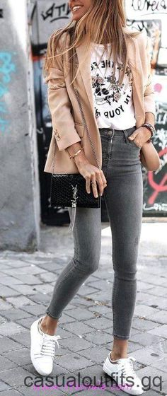 100 Dressy Fall Outfit Ideas You & # ll really love / # outf . , ideas fall dressy 100 Dressy Fall Outfit Ideas You & # ll really love / # outf … - Casual Outfits 2019 Dressy Fall Outfits, Fall Outfits 2018, Mode Outfits, Spring Outfits, Casual Dressy, Autumn 2018 Outfit Ideas, Chic Outfits, Autumn Outfits Women, Cold Spring Outfit