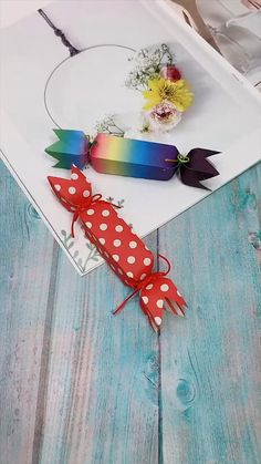 Cool Paper Crafts, Paper Crafts Origami, Diy Paper, Fun Crafts, Crafts For Kids, Origami Gifts, Candy Crafts, Wood Crafts, Diy Crafts Hacks