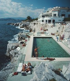 Best Hotel Pools | The Violet Files