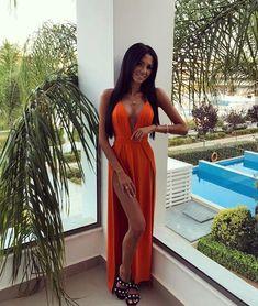 "@lilly.marchel w naszej ""VOGUE DRESS"" 🍊🍊🍊🍊🍊 dostępna na stronie www.lovesaints.pl ( kolor pomarańcz ) #endofweekend #summervibes #seksi… Vogue, Summer Vibes, Swimming Pools, Legs, Formal Dresses, Shopping, Rhodes, Beautiful, Palms"