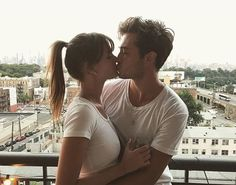 Chico is Mine! Fit Couples, Cute Couples Goals, Couple Goals, Francisco Lachowski Instagram, Fransisco Lachowski, Jessiann Gravel, Kiss And Romance, Cute Family, Asia Girl
