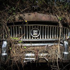 super-affiliate-training - luxury car #StartUp #HomeBusiness #ContentMarketing #MakeMoney #GrowthHacking