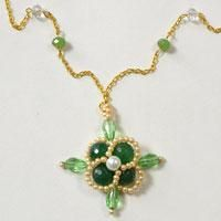 Are you searching for beaded flower necklace? Look here, I will bring a flower necklace tutorial to you today. Check out the detailed steps and try to make your own!