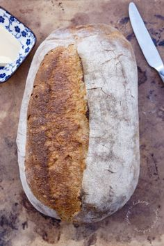 Einfaches Sauerteigbrot - Jenny is baking - Kahvaltılıklar - Las recetas más prácticas y fáciles Bread Recipes, New Recipes, Baking Recipes, Favorite Recipes, Italian Bread, Sourdough Bread, Bread Rolls, Fabulous Foods, Meals For One