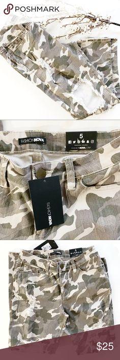 3a59312c17308 Fashion Nova   Distressed army fatigue pants Fashion Nova   Come find me  high rise Distressed