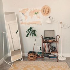 Apartment Hunting 101 - Tips for positioning yourself as a perfect tenant - My . - Apartment Hunting 101 – Tips for positioning yourself as a perfect tenant – My …, - Bedroom Inspo, Home Bedroom, Bedroom Furniture, Mirror Bedroom, Furniture Plans, Kids Furniture, Bedroom Lighting, Bedroom Inspiration, Map Bedroom