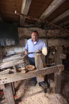 About Robin Wood, bowl turning