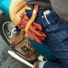 Urban Riding Gear that Looks Good and Functions On and Off the Bike Motorcycle Gloves, Motorcycle Leather, Motorcycle Style, Motorcycle Outfit, Bobber Style, Cafe Racer Style, Mens Gloves, Leather Gloves, Moto Fest
