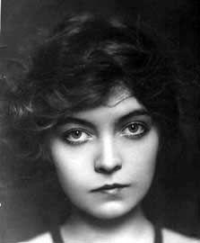 Lillian Gish born Oct. 14, 1893 Springfield Ohio, USA. Near my Foreman ancestors.