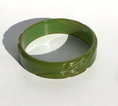 Green Bakelite Bangle Deeply Carved by WhirleyShirley on Etsy Vintage Gifts, Unique Vintage, Vintage Items, Unique Jewelry, Vintage Jewelry, Vintage Bracelet, Bangle Bracelets, Bangles, Plastic Jewelry
