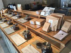 Coffee Bar Design, Coffee Shop Interior Design, Tea Display, Display Design, Coffee Study, Brew Bar, Counter Design, Retail Store Design, Cafe Shop
