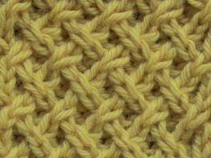 How to knit the Tight Lattice Stitch Comment tricoter le point de treillis serré Knitting Videos, Crochet Videos, Loom Knitting, Knitting Stitches, Knitting Projects, Hand Knitting, Knitting Tutorials, Stitch Patterns, Knitting Patterns