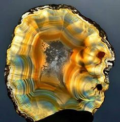 Geology Page - Iris Agate in the sun Minerals And Gemstones, Rocks And Minerals, Beautiful Rocks, Mineral Stone, Rocks And Gems, Stones And Crystals, Gem Stones, Agates, Earth