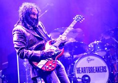 Happy Birthday to Tom Petty's right-hand man, Heartbreakers co-founder and lead guitarist -- Mike Campbell, who turns 68 today (February Mike Campbell, Travelling Wilburys, Rock News, Tom Petty, Toms, Happy Birthday, Entertaining, Concert, Beach Party
