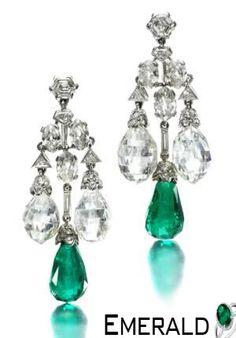 Trendy pair of emerald earrings