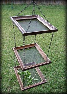 GARDEN CRAFTS :: DIY Herb Dryer :: Picture frames + screen + chain = Herb, fruit or veggie dryer...or as a rack for drying painted papers, other art projects. Platform feeder for birds. Imagination go wild.