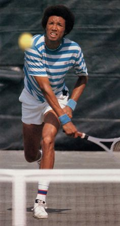 Arthur Ashe ~ A tremendous player and even better person who brought so much to this great game Arthur Ashe, Althea Gibson, Tennis Rules, How To Play Tennis, Tennis Party, Tennis Legends, Tennis Players Female, Sport Icon, Tennis Stars