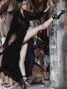 Ballet en pointe. Misty Copeland, American Ballet Theatre. Strong legs.