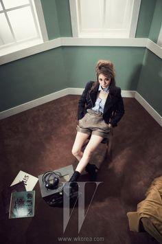 f(x) Krystal - W Magazine March Issue '12