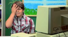 Ecco le simpatiche reazione dei bambini di fronte a vecchi computer