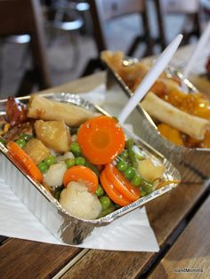 I went to Camden Market a couple of times last time I was in London, and ate tons of great stuff, yet have surprisingly few photos....perhaps my fingers froze! It was pretty cold! However, this not extraordinary looking Chinese veggie dish was yummy.