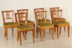 Gruppo otto sedie direttorio