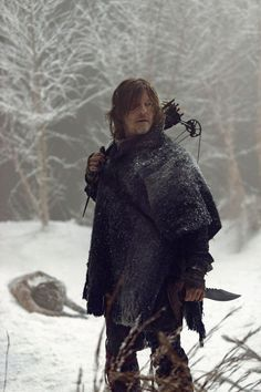 Norman Reedus as Daryl Dixon in The Walking Dead Season Episode Walking Dead Show, Walking Dead Season 9, Daryl Dixon Walking Dead, Fear The Walking Dead, Daryl Twd, Norman Reedus, The Walking Dead Wallpapers, Hight School Musical, The Walkind Dead