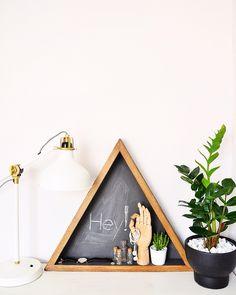 blackboard - home decoration - wooden triangle - oak - graphite - interior accessories @redesignbyagnieszka