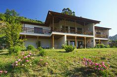 Primavera by Hotel Rural El Mirador de Ordiales, via Flickr