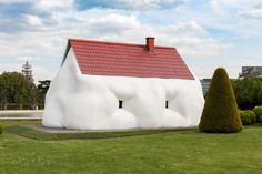 Erwin Wurm · Fat House