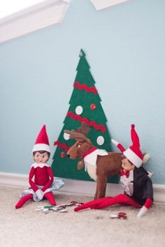 creative Elf on the shelf ideas by Dazzling Hospitality