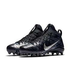 hot sale online a4867 5359c Amazon.com   NIKE Men s Alpha Field General Elite Camo Football Cleat    Football. Lo Sports