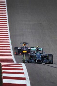 Hamilton se apunta el duelo de Austin