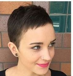 thin might be how it turns out on me Short Pixie, Short Cuts, Short Hairstyles For Women, Female Hairstyles, Super Short Hair, Female Shorts, Boy Cuts, Mein Style, Over The Years